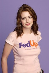 Anne Hathaway - Photoshoot at the 2004 Teen Choice Awards in Universal City, California - August 8, 2004