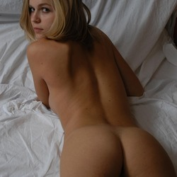 Blonde shows her hot body