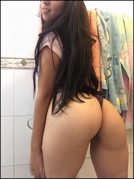 https://thumbs2.imagebam.com/a3/07/e4/16df0e1343279597.jpg