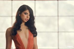 Gina Valentina - Stunning In Nude Stockings