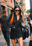 Kendall Jenner - Shopping in NYC 9/10/19