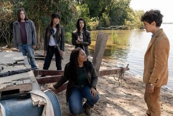 AMC有线电视网2020年秋季档季档新剧 The Walking Dead World Beyond (行尸走肉:世界之外) 剧情全面透析、官方预告及电视剧照