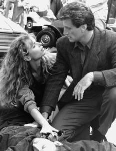 "НЕЧТО ИЗ ДРУГОГО МИРА / Something Is Out There (1988) Мэриам Д""Або ,Джо Кортезе 4fbb231370772238"