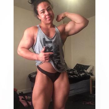 Natasha Lee Muscle