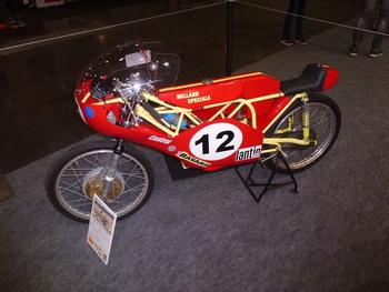 Salon Motocycliste de LYON. C6a5c51334164441