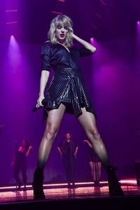 Taylor Swift - City of Lover Concert in Paris - 09/09/19