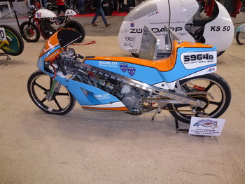 Salon Motocycliste de LYON. 830a611334342984