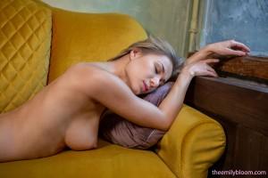 Snezhka Katy - Golden Blonde   11/19/19