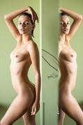 http://thumbs2.imagebam.com/b8/b9/05/09d97d983707564.jpg