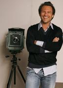 Кристиан Слэйтер (Christian Slater) Jeff Vespa Photoshoot 2006 (8xHQ) 66532b1353937838