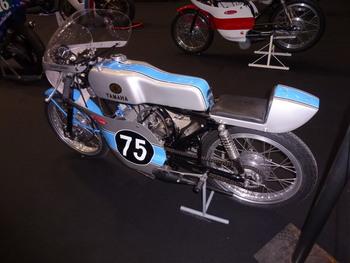Salon Motocycliste de LYON. Cff2001334243731