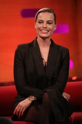 Margot Robbie -    ''The Graham Norton Show'' London January 30th 2020.