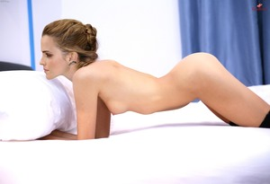 http://thumbs2.imagebam.com/c9/f7/e6/a44b48848712374.jpg