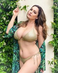 Kelly Brook in a Bikini - 7/9/20 Instagram Pics
