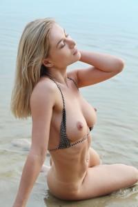 Snezhka Candice B - Water Sport   09/01/19