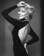Шерил Лэдд (Cheryl Ladd) Harry Langdon Photoshoot 1982 (15xHQ) 69d9f51358784197