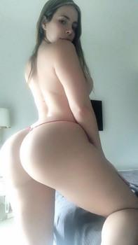 https://thumbs2.imagebam.com/db/8f/4a/8092a71343656135.jpg