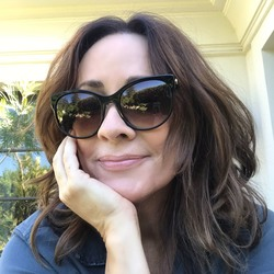 "Patricia Heaton ""The Look"""