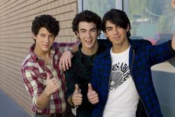 Jonas Brothers 28fa2d1344639289