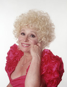 Барбара Уиндзор (Barbara Windsor) Mark Harrison Photoshoot (2xHQ) 2358c81356752016
