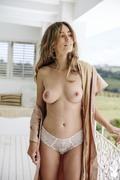 https://thumbs2.imagebam.com/f9/81/19/6ed2621314847449.jpg