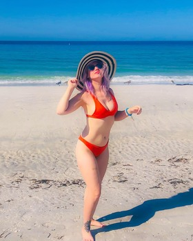 Skye Sweetnam - Booty In Red Thong Bikini At Beach In Tampa, Florida - Instagram Pics - September 24, 2019 (2xHQ)