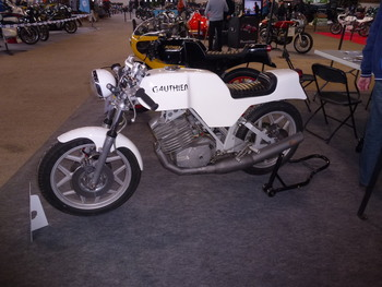 Salon Motocycliste de LYON. Ff13c21334239389